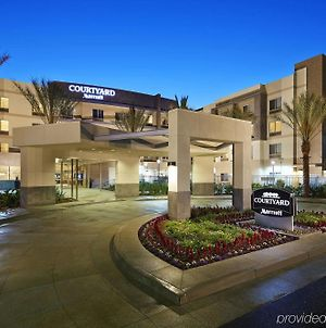 Courtyard By Marriott Long Beach Airport photos Exterior
