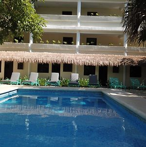 Isabella Beachside Hotel Adults Only photos Exterior