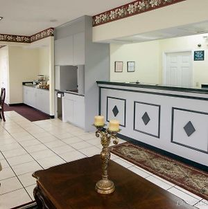 Americas Best Value Inn Wildersville photos Interior