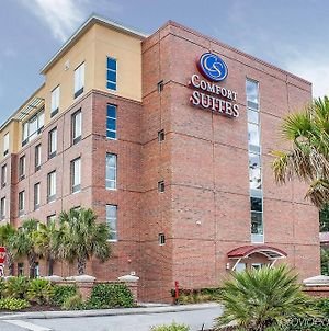 Comfort Suites West Of The Ashley photos Exterior
