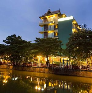 Lamphu Tree House Boutique Hotel photos Exterior