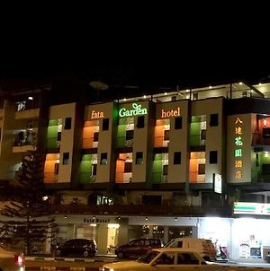 Fata Garden Hotel By Place2Stay photos Exterior