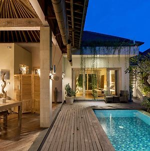 Exotica Bali Villa Bed And Breakfast photos Exterior
