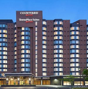 Courtyard By Marriott Toronto Northeast/Markham photos Exterior