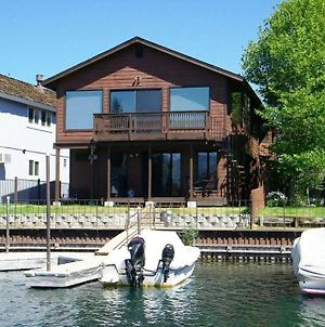 South Lake Tahoe - 3 Bedroom Condo Private Boat Dock Lake Front photos Exterior
