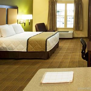 Extended Stay America Suites - Detroit - Dearborn photos Exterior