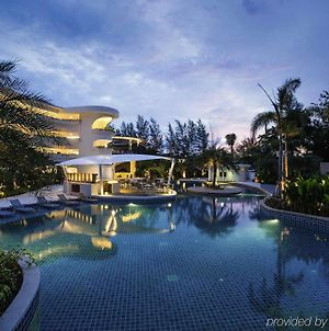 Novotel Phuket Karon Beach Resort And Spa photos Exterior