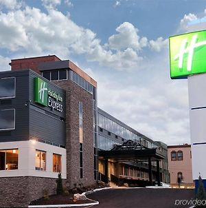Holiday Inn Express Sault Ste Marie photos Exterior