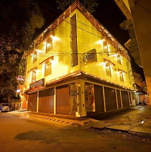Roses Inn Fortkochi photos Exterior