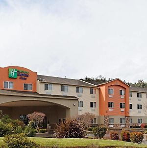 Holiday Inn Express & Suites Canyonville photos Exterior