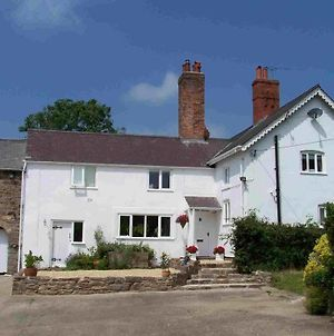 Broncoed Uchaf Country Guest House photos Exterior