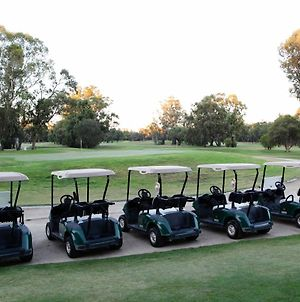 Deniliquin Golf Leisure Resort photos Exterior