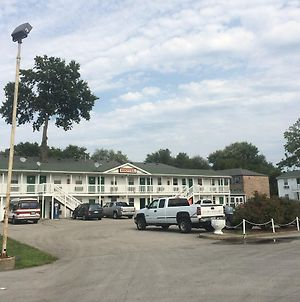 Hoosier Travel Lodge photos Exterior
