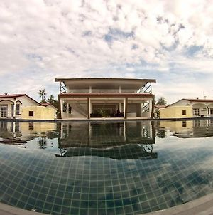 K Resort Ngwe Saung photos Exterior