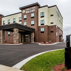 Cobblestone Hotel & Suites Stevens Point photos Exterior