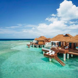 Sandals Royal Caribbean All Inclusive Resort & Private Island - Couples Only photos Exterior