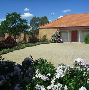 Fairways Bed & Breakfast At Jerilderie photos Exterior