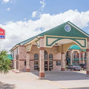 Ramada Limited San Angelo photos Exterior