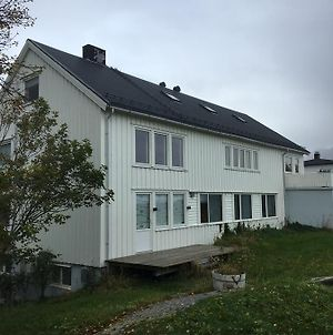 Lofoten Bed & Breakfast Reine - Rooms & Apartments photos Exterior