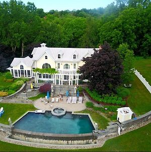 31 Acre Hudson River Estate photos Exterior