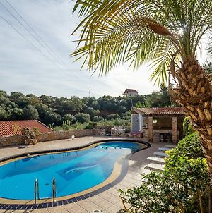 Dream Lux Flat With Great Outdoors, Pool & Parking photos Exterior