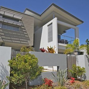 48 Boardrider Crescent Mt Coolum Pet Friendly Wifi Linen Incl. 500 Bond photos Exterior