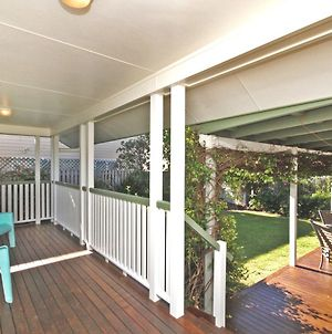 16 Beachway Pde, Marcoola: Linen Incl, Wifi, Pet Friendly, A/Cond. 500 Bond photos Exterior