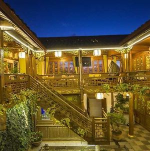 Lijiang Flower And Horse Hotel photos Exterior