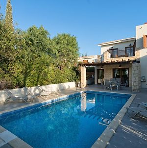 3 Bedroom Villa Theo With Private Pool Aphrodite Hills Resort photos Exterior