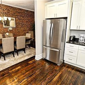 Newly Renovated 4Bdrm/3Ba, Sleeps 10 photos Exterior