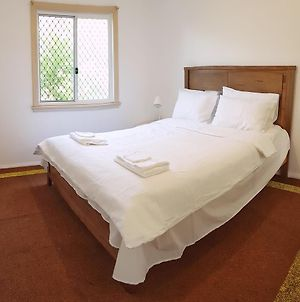 Lowest Price Clean Linen photos Exterior