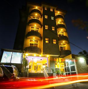 White House Addis Hotel photos Exterior
