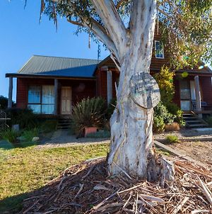 Aarlaur 1- Loft Style Townhouse In Jindabyne photos Exterior