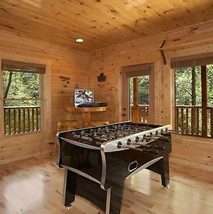 Truly Blessed 3 Bedrooms Hot Tub Sleeps 10 photos Exterior