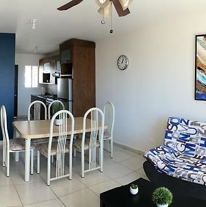 Fantastic & Cozy #6: Condo Close To The Beach photos Exterior