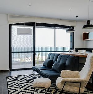 Beautiful Apartment On The First Line Of The Sea photos Exterior