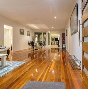 Spacious House In Heart Of Surfers Paradise photos Exterior