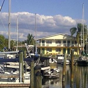 Latitude 26 Waterfront Boutique Resort - Fort Myers Beach photos Exterior