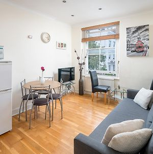 1 Bedroom Townhouse Apartment In Notting Hill photos Exterior