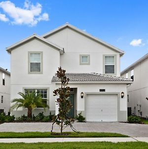 Enjoy Orlando With Us Storey Lake Resort Welcome To Relaxing 5 Beds 5 Baths Villa 5 Miles To Disney photos Exterior