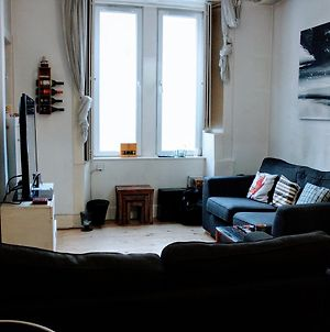 Centrally Located 1 Bedroom Flat Sleeps 4 photos Exterior