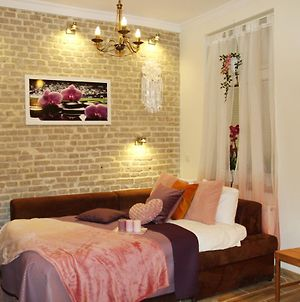 Orchid Apartment Near Wawel Castle photos Exterior