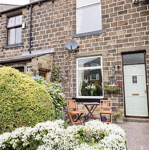 Fell Cottage, Keighley photos Exterior