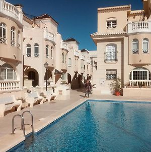 2-Bedroom Apartment In 1 Minute Walk To The Beach photos Exterior
