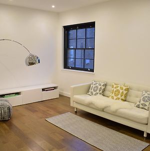 2 Bed Flat In Shadwell photos Exterior
