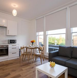 Gorgeous 2 Bed Flat Near Central London For 6 photos Exterior