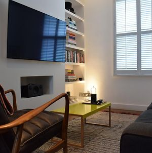 2 Bedroom House In Notting Hill photos Exterior