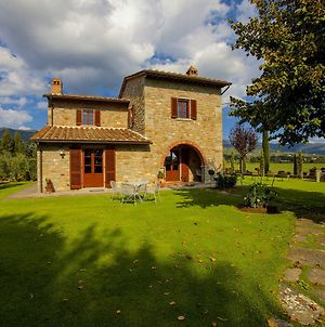 Provincial Apartment In Cortona Tuscany With Swimming Pool photos Exterior