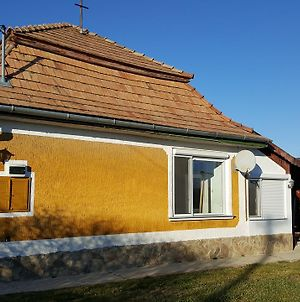 House And Breakfast 3 photos Exterior
