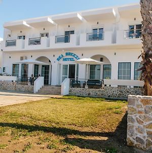 Sea Breeze Hotel photos Exterior
